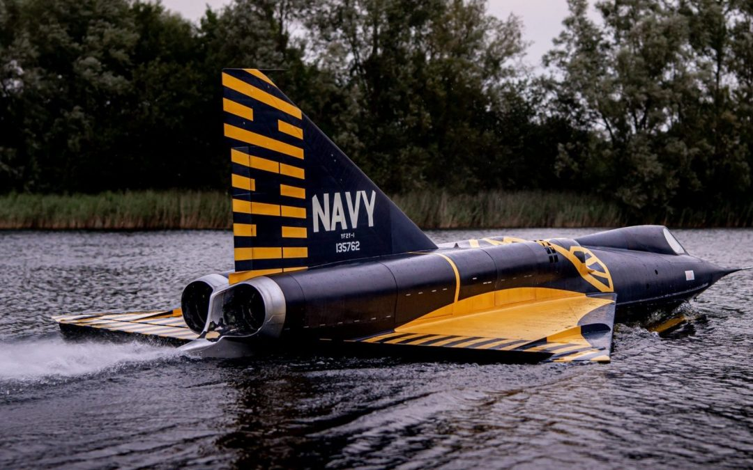 Sea Dart Jet Project Takes to the Water